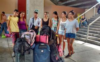 Extranjeros no pueden salir de Chimbote por cierre de vías