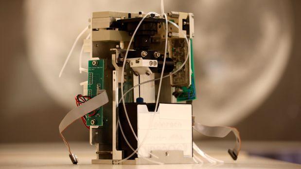 Laboratorio miniatura completa experimentos en el espacio