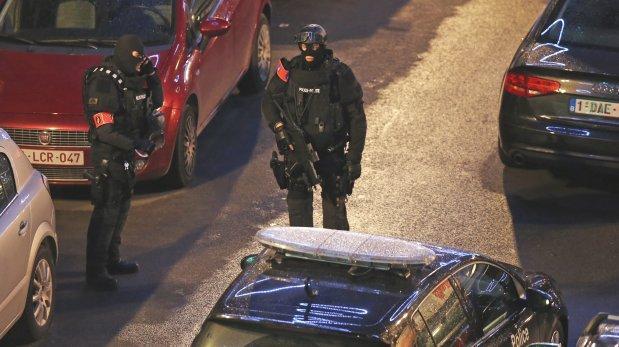 Francia: Hallan a dos hombres degollados en París