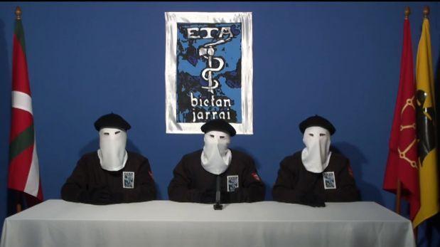 ETA anuncia su intención de dejar las armas para el 8 de abril