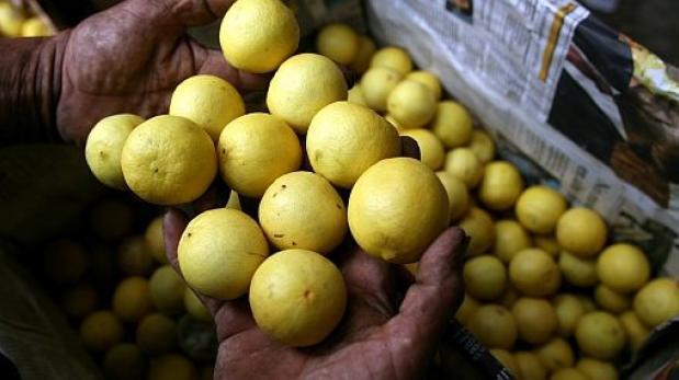Limón recupera su precio en mercados de Lima