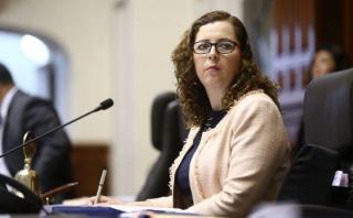 Rosa Bartra: Si PPK dice que hay S/2.500 mlls., que los ejecute