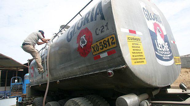 Productores lácteos preocupados por inundaciones en Huachipa