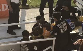 Luis Advíncula sufrió fuerte golpe con Tigres en Liga MX