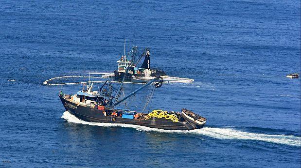MTC: naves pesqueras podrán realizar labores humanitarias