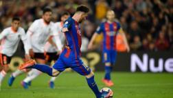Lionel Messi igualó récord de Koeman con este penal [VIDEO]