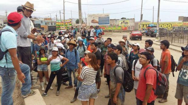 Solidaridad en tiempos de huaicos: el desborde de voluntarios