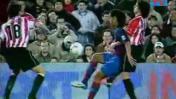 Ronaldinho cumple 37: la jugada con la que asombró al Camp Nou