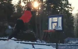 La locura del básquet provoca divertidos 'bloopers' [VIDEO]