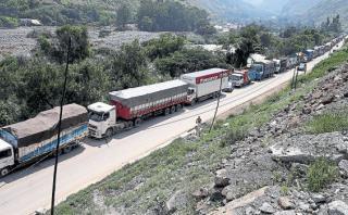 Carretera Central: camiones y buses forman filas de hasta 30 km