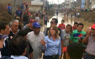 La ministra Cayetana Aljovín ha supervisado la entrega de ayuda humanitaria en La Libertad en los últimos cinco días. (Foto: MIDIS)