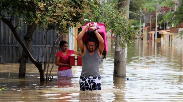 Lluvia en Piura duró 10 horas. (Foto y Video: Ralph Zapata)
