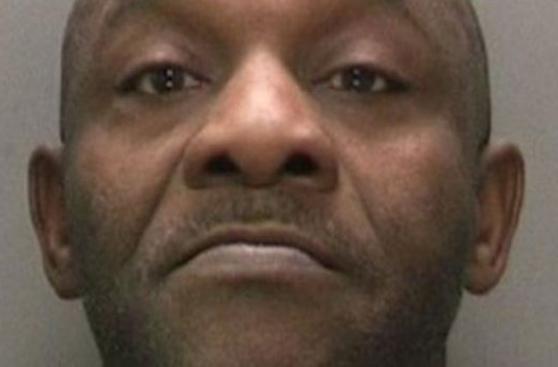[BBC] Un chicle llevó a descubrir a un asesino 35 años después