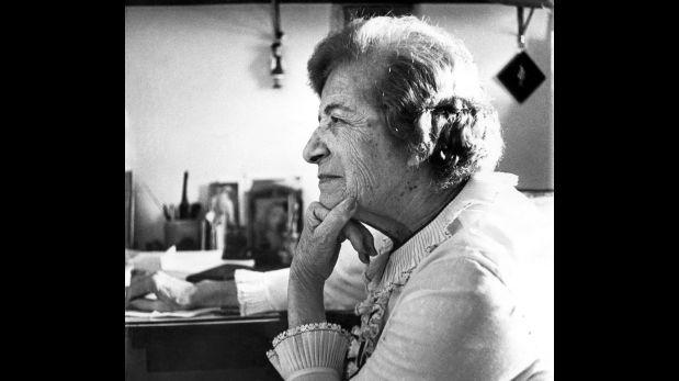 Magda Portal, en 1981. Foto de Víctor Ch. Vargas. Archivo revista Caretas. (Trazos cortados. Poesía y rebeldía de Magda Portal)
