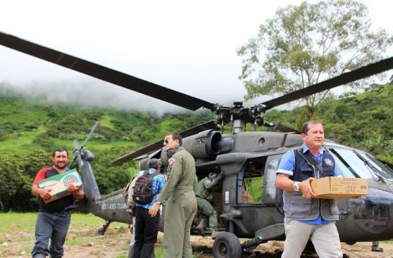 Piura: inician puente aéreo para llevar ayuda a zonas aisladas