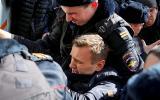 Rusia: Arrestan al principal opositor de Putin durante marcha