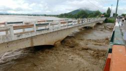 Ordenan evacuación de zonas aledañas al río Piura ante desborde