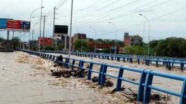 Piura: puentes locales son afectados por desborde de río