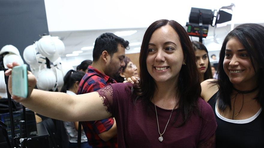 Local de su concierto será centro de acopio de donaciones — Natalia Lafourcade