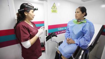 Essalud promueve campaña preventiva de cáncer de cuello uterino