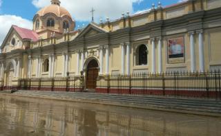 Así luce el Centro Histórico de Piura un día después de una de las inundaciones más fuertes que ha soportado la ciudad. (Foto: Enrique Vera / El Comercio)