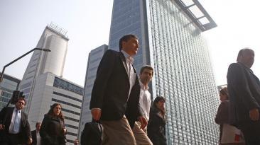 ¿En que países trabajan más profesionales peruanos?