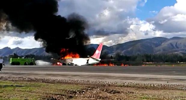 Avión se incendia en Jauja. (Video: WhatsApp El Comercio)