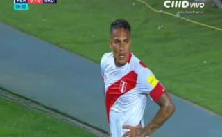 Guerrero erró gran opción de gol tras genial pase de Trauco