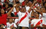 El público que llegó al Estadio Nacional disfrutó de una noche inolvidable. (Foto: AFP/AP/Reuters/Getty Images)