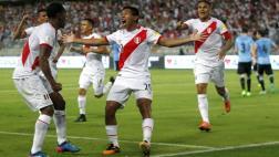 Perú ganó a Uruguay y sueña: fotos de una noche inolvidable