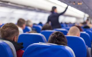 Lo que más les molesta a los pasajeros al viajar en avión