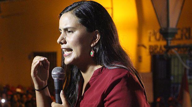 ¿Qué dijo Verónika Mendoza del golpe de Estado en Venezuela?