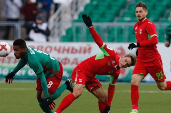 Jefferson Farfán: su debut oficial y primer gol en Lokomotiv