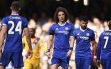 Chelsea perdió 2-1 ante Crystal Palace y Tottenham se le acerca