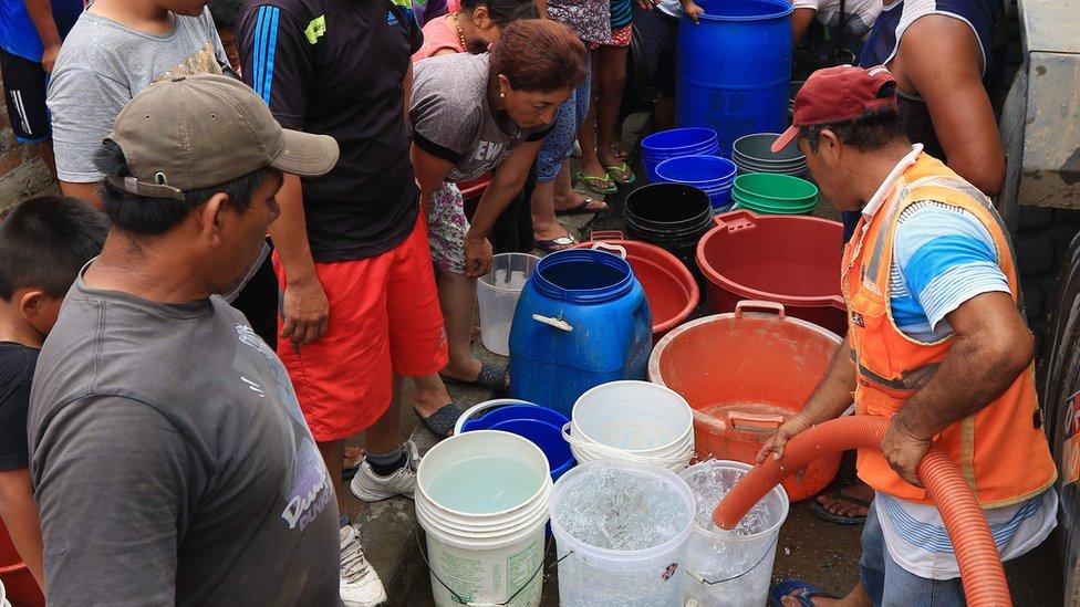 Para 2025, el 14% de la población tendrá dificultades para acceder al agua potable. (Foto: AFP)