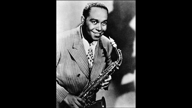 """Charlie Parker, conocido como """"Bird"""", uno de los más grandes saxofonistas y compositores de jazz."""