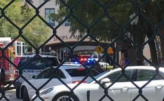 Florida: Tiroteo en lujoso centro comercial deja un muerto