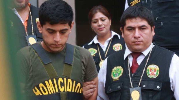 Con chaleco antibalas, el universitario Wilfredo Zamora Carrión fue sacado de la Dirincri para continuar con la reconstrucción del crimen del periodista José Yactayo. (Foto: Andina)