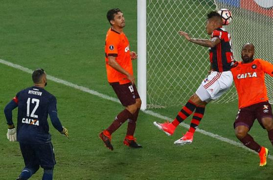 Guerrero-Trauco: su óptimo rendimiento con Flamengo en imágenes