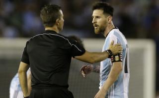 Messi debe declarar ante la FIFA por sanción en Eliminatorias