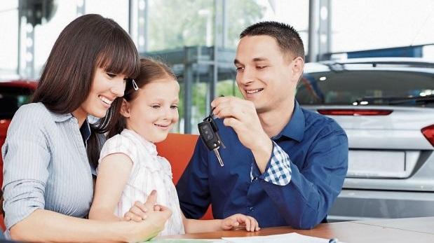 Los sedanes son los tipos de vehículos más vendidos. El 40% del total de nuevos vendidos es sedán. (Archivo: El Comercio)