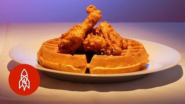 La curiosa verdad del combo de comida 'wafles y pollo frito'