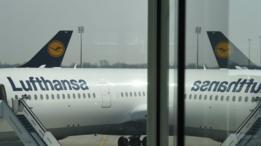 En aerolíneas como Lufthansa ya hay disponible tecnología para hacer llamadas a través de una señal telefónica. (Foto: Getty Images)