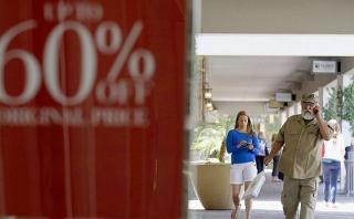 Precios al consumidor en EEUU cayeron en marzo