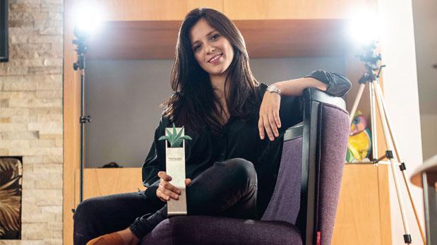 Francesca Cánepa es premiada por su ópera prima 'Aya'
