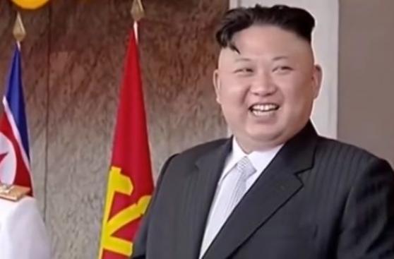 El rostro de Kim Jong-un al observar su poderío militar [VIDEO]