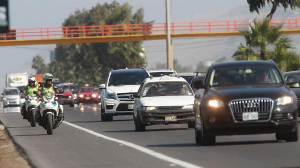 Dos carriles más para vehículos que retornen hoy del sur