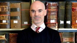 Los diccionarios ahora son mucho más rápidos para adoptar modismos, dice Sokolowski.
