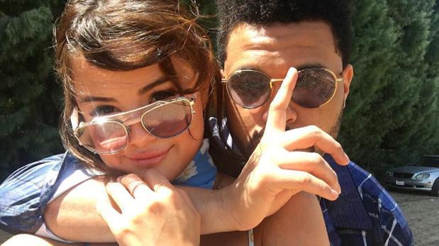 Selena Gómez declara su amor públicamente a The Weeknd