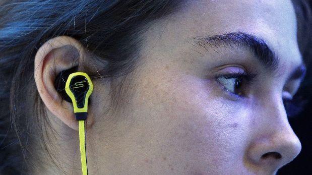 Escuchar música triste y llorar puede mejorar estado de ánimo